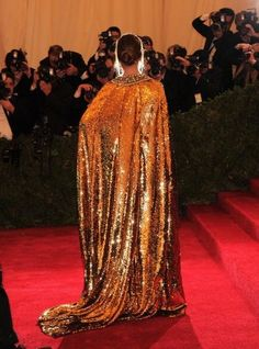 Met Ball 2012. Bianca Brandolini D'Adda in Dolce & Gabbana. At some point in my life, I need to wear a full length sequin cloak.