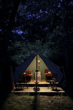 adventure journal weekend cabin: camp wandawega, Wisconsin | all I can think about is how many bugs will be attracted to that light.
