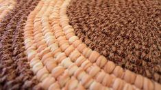(2) Whitehouse Whimsies & Rugs - YouTube Rug Patterns, Rugs, Friends, Videos, Youtube, Crafts, Farmhouse Rugs, Amigos, Penny Rug Patterns