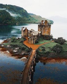Eilean Donan Castle in Scotland . Follow @traveling_jet for the most beautiful place! . . . . Credit to @mblockk  via @traveling_jet Castillo Medieval, Lichtenstein Castle, Castle Scotland, Highlands Scotland, Scotland Uk, Scottish Highlands, Scotland Travel, Scotland Nature, Scottish Gaelic