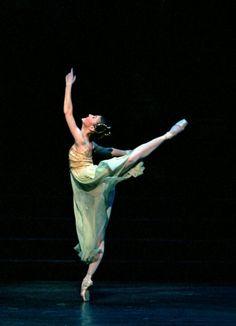 MacMillan's Romeo and Juliet- Alina Cojocaru