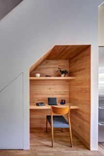under stairs office nook (Diy Ideas Office) Office Under Stairs, Under Stairs Nook, Cupboard Under The Stairs, Kitchen Under Stairs, Home Office Design, House Design, Office Designs, Study Nook, Stair Decor