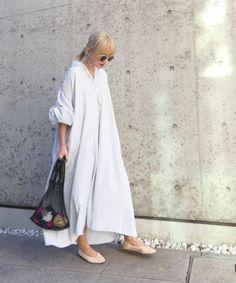 Iranian Women Fashion, Korean Fashion Trends, Boho Style Dresses, Simple Dresses, White Cotton Summer Dress, Boho Fashion, Fashion Outfits, Evolution Of Fashion, Backless Maxi Dresses
