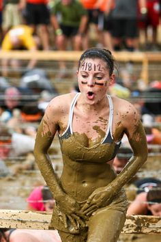 If you can do Tough Mudder, you can do anything. Women are just as strong as men. 6 months and counting until I'm a TOUGH MUDDER! Tough Mudder Training, Spartan Race Training, Mud Race, Mudding Girls, Cycle Chic, Monochrom, Sports Photos, Athletic Women, Female Athletes