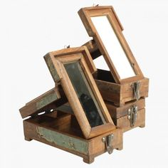 Shaving kit Wooden Box Barber Set with Mirror Recycled, Reclaimed Boat Wood