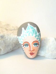 Painted stone geometric mint original handmade by sabiesabi,
