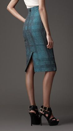 Burberry pencil skirt.  I think I need to start collecting Burberry pencil skirts.
