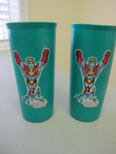 Pair of TUPPERWEAR CAPTAIN PLANET Green Plastic Tumblers drinking cup
