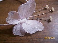 Tinas Creations: Instructions on making a nylon stocking butterfly