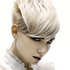 Love the angles for this pixie cut.