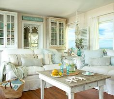 From FLORIDA BEACH DWELLER: https://www.pinterest.com/floridabeachdw/ Charming Small Shabby Chic Beach Cottage, Casey Key, Sarasota, FL.