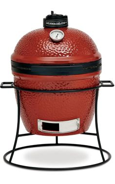 Another Kamado oven, Kamado Joes are almost identical to Big Green Eggs. The Joe Junior is slightly larger than the BGE MiniMax – it is said to be portable but at over 30kg, not by me. It worked just as well as the BGE, but the price tag is much lower, plus it comes with the ceramic heat deflector (great for slow cooking) that is extra with the BGE. Larger models also have a split grill option, meaning you can cook both directly and indirectly at the same time, which is one up on the BGE.