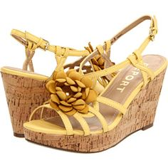 Who doesn't need yellow wedges? :)  Sigh...they make me think of spring.