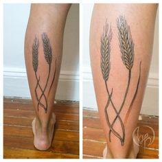 "Carla Tatuando en Buenos Aires hasta mediados de Julio, en Antaño ""Casa de tatuajes"". #belpainefilu #tattoo #Tattoos #tattooartist #tattooart #tattooflash #tattoolove #tattoocolor #trigo #wheat"