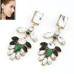 Hot sale luxury gorgeous green gem ear studs