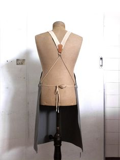great idea for people who suffer headaches from the traditional halter-neck style apron