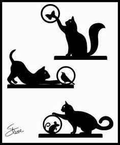 Chat qui joue avec un papillon, une oiseau, une souris.  //  Playful Kittens