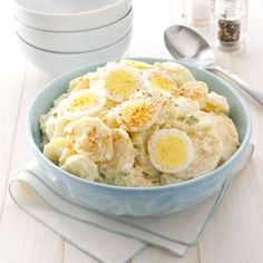 Grandmas Potato Salad--I usually do not like recipes for potato salad (who needs one?) but the dressing for this salad looks interesting! Grandma's Potato Salad Recipe, Potato Recipes, Salad Recipes, Great Recipes, Favorite Recipes, Sandwiches, Brunch, Pasta, Potato Dishes