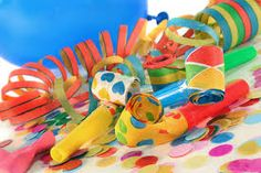 carnaval staat voor de DEUR ..... wij sluiten hem daarom van zondag 15 Februari t/m woensdag 18 Februari !