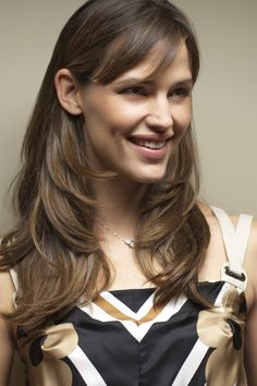 jennifer garner...@Jamie Wise Hopkins another Jen Garner hairstyle to try ha ha ha
