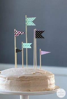 DIY Washi Tape Flags // Unique Cake Toppers