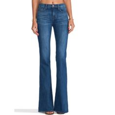 J brand flares Brand new never wore, bought from saks 5 but to big.. Valentina flares in color Sail.. High waist J Brand Jeans Flare & Wide Leg