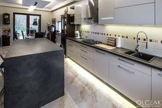 Kitchen Island, Kitchen Cabinets, Facebook, Home Decor, Island Kitchen, Kitchen Cupboards, Homemade Home Decor, Decoration Home, Kitchen Shelves