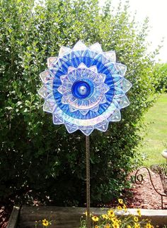 glass plate yard art | Garden bliss / Garden Art Cobalt Blue Glass Plate Flower Yard Stake by ...