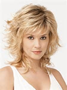 Raquel Welch wigs are the ultimate in glamour. You'll love the instant beauty enhancement achieved from this wide variety of Raquel Welch wigs. Medium Shag Haircuts, Long Shag Haircut, Pixie Haircut, Haircut Layers, Shaggy Haircuts, Medium Hair Styles, Curly Hair Styles, Hair Medium, Raquel Welch Wigs