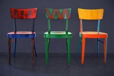 Pour exprimer ma personnalité et jouer avec ma créativité, j'ai trouvé une idée géniale : customiser mes chaises de cuisine. Plutôt basiques, en bois clair et sans fioritures, mes chaises me sont apparues comme un sujet d'étude parfait. Je ne me suis...