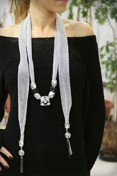 Best of Accessories - Gümüş Işıltılı Şal Kolye CEX01N3416 %67 indirimle 19,99TL ile Trendyol da