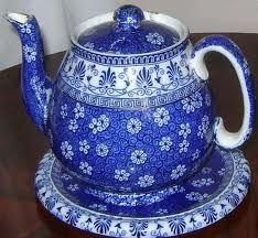 Lovely blue & white teapot...