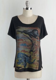 Impossibly Cool Top - Mid-length, Knit, Multi, Print with Animals, Casual, Critters, Short Sleeves, Jersey, Good, Scoop