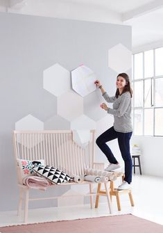 Workshop: Creative wallpaper ideas and fresh colors - wandgestaltung mit farbe - Geometric Decor Bedroom Wall, Kids Bedroom, Bedroom Decor, Wall Decor, Diy Wall, Bedroom Paint Design, Wall Design, Geometric Decor, Bedroom Styles