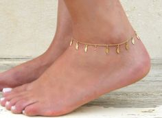 Dainty leaf Charms Anklet Gold leaves Anklet by annikabella
