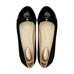 The Lily Bonessi Ballerinas in black suede leather is a priceless fashion item designed to perfection.  http://www.bonessiballerinas.com/ballerinas/lily/lily-black  #BonessiBallerinas #LondonDesigners #Bonessi #ComfortableShoes #Comfort #FlatShoes #London #Shoes #Fashion #Outfit #Shopping #Beautiful #Style #LuxuryFashion #LeatherShoes #Luxury