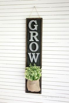 DIY wall planter. Pe