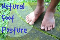 In this short video, Dr. Ray McClanahan, a sports podiatrist at Northwest Foot and Ankle and the inventor of Correct Toes, demonstrates true, anatomically correct foot position and posture.
