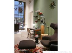 Gärtner Internationale Möbel #Ausstellung #Showroom #Hamburg #Schrebitisch #Stuhl #Gubi #Wagenfeld #Leuchte #Vitra #Regal #Corniches #Stool #Eames #Sessel #Grand #Repos
