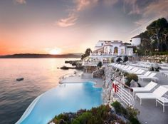 Hotel du Cap-Eden-Roc near Antibes, France. We got this close but would one day like to be an overnight guest of this amazing hotel. This is the hotel at the beginning of the movie Killers with Ashton Kucher and Kathryn Heigl. Places To Travel, Travel Destinations, Places To Go, Hotels And Resorts, Best Hotels, Top Hotels, Beach Resorts, Dream Vacations, Vacation Spots