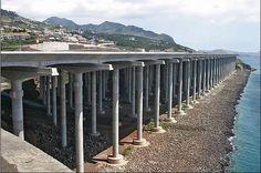 Aeroporto Madeira - Portugal       - Pista com 2781  metros, mil dos quais suportados por 180 pilares, cada um deles com 50 metros de altura.
