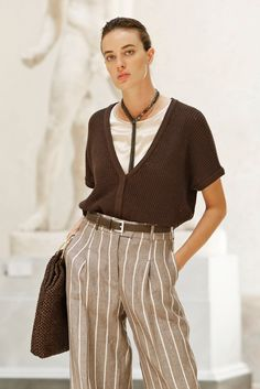 Moda Milano, Winter Outfits, Casual Outfits, Fashion 2020, Fashion Trends, Vogue Fashion, Paris Shopping, Stripes Fashion, Brunello Cucinelli