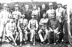 Officers of the Victorian Bushmen Corps 1900 Black White Photos, Black And White, Penal Colony, Rainbow Serpent, Cape Dutch, Historical Pictures, Military History, Genealogy, Old Photos