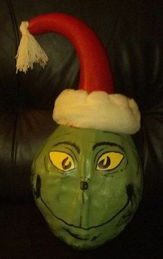 Gourd crafts, painted gourds, decorated gourds, gourd bird house, decorative gourds