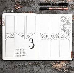Need some bullet journal inspiration? 🖍Discover 279 collection ideas for your bullet journal. Get the most out of your bullet journal by tracking everything from finance to habits to health and food! Bullet Journal Inspo, Bullet Journal Spreads, Bullet Journal Weekly Layout, Bullet Journal 2020, Bullet Journal Aesthetic, Bullet Journal Notebook, Bullet Journal Ideas Pages, Bullet Journal Grade Tracker, Bullet Journal Beginning