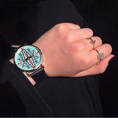 57abee37ef1 69  Relógio Feminino Analógico Pulseira de Couro - 6 cores Relogio Feminino  Couro