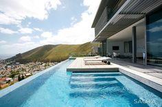 Buena vista, aire libre, ventanales y espacios abiertos!!! Head Road 1815 by SAOTA #megusta #arquitectura #estilodevida