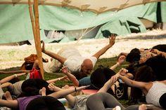 #yoga #yogalove #yogachallenge #yogafestival #yogaspringfair #megaro #megaromousikis #megaromousikisathinwn @megaromousikis #garden #yoggi #yogging #pepper #radiopepper #pepperfm #workout #hathayoga #hatha #abhayayoga #abhaya #sunday #sundayworkout #kiposmegarou #yogainspace