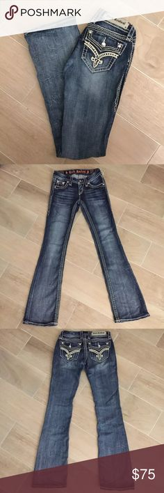 Rock Revival Donna Bootcut Denim Jeans 25 x 31 Great Condition, beautiful design and gorgeous color jeans from Rock Revival Rock Revival Jeans Boot Cut