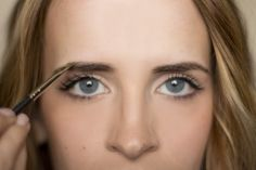 Hair and Make-up by Steph: Bow to the Brow: Brow Grooming